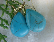 Turquoise and Gold Drop Earrings-Blue and Gold Earrings-Hecho de Mano en Mexico- Made by Delfina Murrieto in Pueblo Alamos Mexico