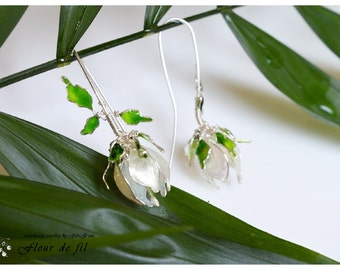 Handmade Earrings, White Earrings, Silver wire Earrings, Flower Earrings, Unique Earrings, Fashion Earrings