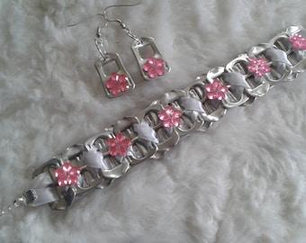 Bracelet + earrings with flower made of pull tabs