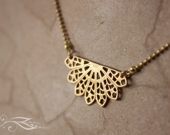 Mini fan - brass necklace 40 cm