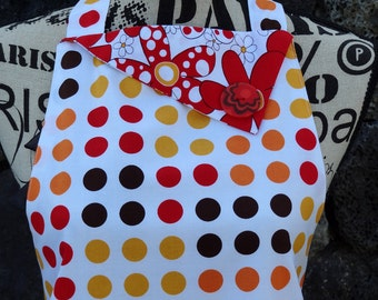 Vintage/Retro Apron Tres Chic - Daisies and Dots