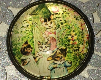 Crystal Dome Button Vintage Child's Book Graphics The Three Little Kittens Bronze