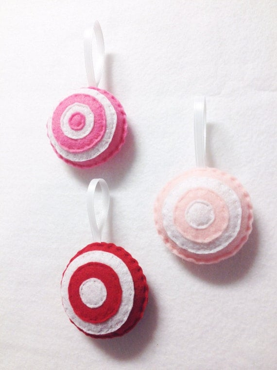 Felt Ornament, Christmas Ornament Set, Dandy Candy, Felt Holiday Decor, Swirls