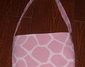 Pink Giraffe toddler purse