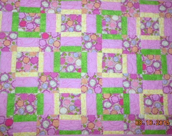 Pretty PInk Flowers Baby Quilt