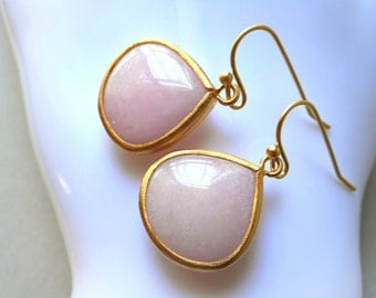 Pink jade drop earrings gold framed dangle drop earrings for women valentine day girl pink pale baby pink rose stone gift birthday romantic