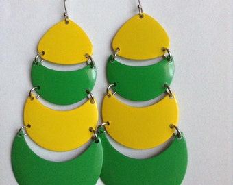 opera house metal yellow neon green crecent moon curve dangle serious classic rare earring disc