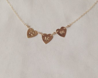 3heart banner necklace