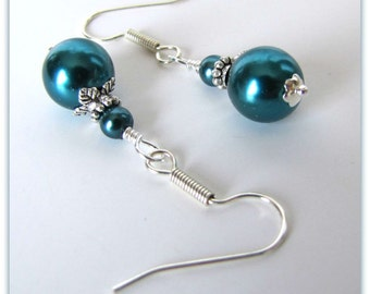 Teal Pearl Earrings,  Pearl Earrings, Teal Earrings, Bridesmaid Earrings, Dangle Earrings , Beaded Earrings,  Silver, Surgical Earwires 1113