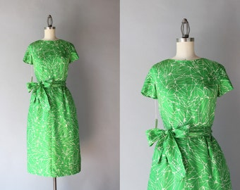 Vintage 1950s Dress / 50s 60s Mollie Parnis Deadstock Silk Fitted Dress / 1960s Tailored Silk Dress