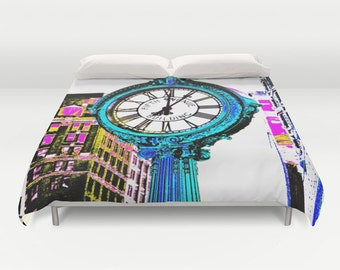Fifth Avenue Building Clock New York Bedding, Manhattan Duvet Cover, Decorative bedding, Pixels design, modern, urban comforter cover, Clock