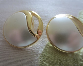 Vintage Buttons - 2 large matching faux pearl centers set in gold metal, NOS, (sept 7)
