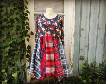 Floral Plaid Flannel Bohemian Upcycled Dress// Medium Large// Red Blue Cotton// emmevielle