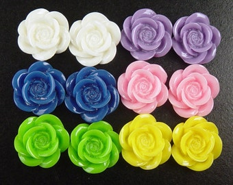 CLEARANCE Cabochon Flower 12 Resin Round Rose PAIRS Flower Opaque 18mm (1012cab18m5)os