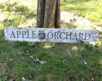 Apple Orchard Antique Style Farmhouse Sign