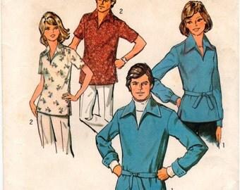 Vintage UNCUT MEN'S Simplicity Pattern 6436 - Men's Pullover Shirt - Size 34-36