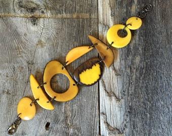 Shades of yellow bracelet