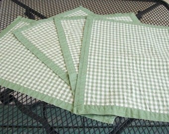 Set of 4 Green Gingham Checkered Placemats Cotton, Country Farmhouse Green Checks Kitchen Linens