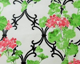 Vintage Wallpaper, Floral Wallpaper, Geraniums Print, Wallpaper Roll, Red Flowers Wallpaper, Pink Flowers, Vintage Wall Decor, VIntage Paper