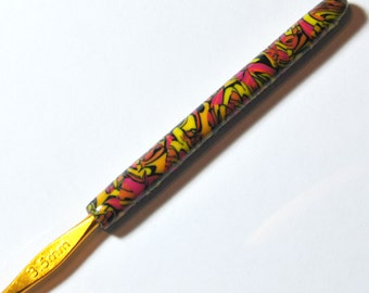 New Hand Made polymer clay Covered Aluminum Crochet Hook-size 3.5 mm by myfiori