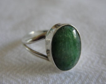 Vintage handcrafted   sterling silver  ring  with huge emerald   15mm x 10mm   size 8