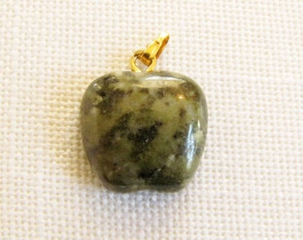 Apple Stone Pendant Gemstone jewelry supply Necklace bracelet charm