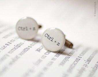 Geek Cufflinks - Keyboard Ctrl-Z - Geeky gift - Nerd Cufflinks - Geekery Cufflinks - Nerd gift - Tech jewelry -  Fathers day gift (C001)