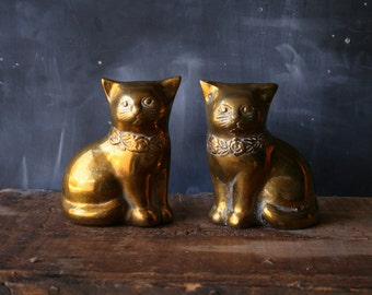 Vintage Brass Cats Figurine Book Ends Matching Cats Gold Color From Nowvintage on Etsy