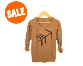 SAMPLE SALE - Tribal Arrow - Long Sleeve Raglan Slouchy Deep Scoop Neck Lightweight Sweatshirt in Rust and Black - M Q