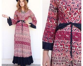 Vintage 60s India Elephant ethnic maxi dress