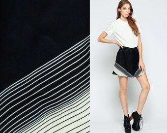 CHEVRON Stripe Dress 60s 70s Mini Mod Black HIPPIE 1970s High Waist Vintage Striped Gogo Twiggy White Retro Go Go Short Sleeve Medium