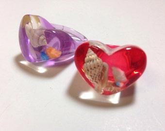 Vintage plastic heart rings with seashells inside DEADSTOCK
