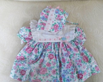 Vintage Clothing Baby Girl Dress & Hat Size Age 3 - 6 Months
