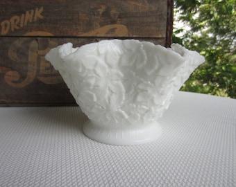 Vintage Westmoreland White Milk Glass Bowl Bramble Maple Leaf Pattern