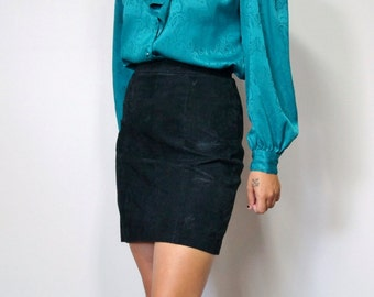 Vintage Black Suede Skirt Mini Leather Skirt Highwaisted Black Skirt Size 7