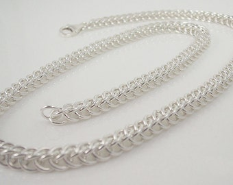 Elegant sterling silver chainmaille necklace in the half-persian weave
