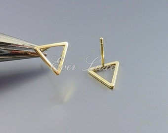 4 tiny 10mm triangle studs, stud earrings in matte gold finish, minimalist jewelry designs, earrings 1068-MG-10