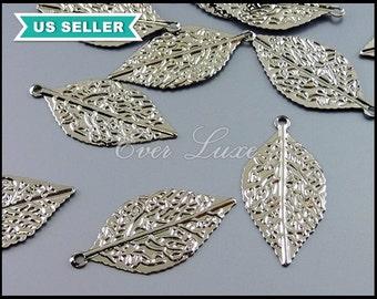 4 delicately detailed leaf charms, pressed flat leaf charms in shiny gunmetal, dark silver leaf, small leaf pendant 2008-BGM