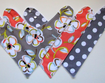 Baby Bibs- 3 Baby Bandana Bibs  Floral Fabric for Girls  225  abc