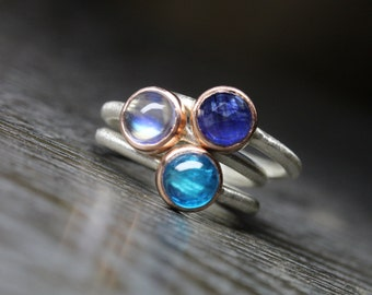 Blue Moon Stacking Rings 14K Rose Gold Silver Sapphire or Moonstone or Apatite Boho Romantic Glowing Pink Rose-Cut Gem Cabochon - Mondblau