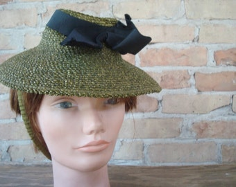Parasisal Straw hat, ladies 1920s olive BURBY made for Russeks Detroit from saffroncoloredpony