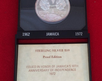 Jamaica 10th Anniversary 1962-1972 Uncirculated 10.00 Silver Coin-Display Case