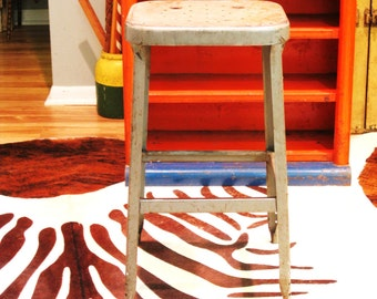 Vintage Metal Industrial Stool, Seating, Bar Stool, Side Table, Drafting, Primitive, Weathered, Occasional Seating