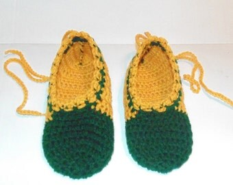 Green and Yellow Gold Crochet Slipper Shoes Size 9, Womans Slippers, Mary Jane Slippers