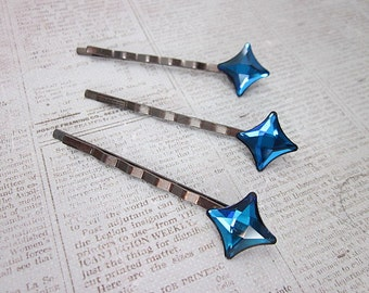 Bermuda Blue Hair Pin -- Star Hair Pin -- Blue Hair Pin -- Hair Stars -- Swarovski Hair Pin -- Sparkling Bobby Pin -- Starlet Hair Pin