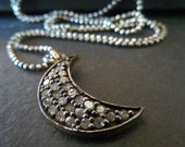 Pavè Diamond Moon Necklace, Diamond Jewelry. Modern Simple Everyday Jewelry. Valentines Gift for Her