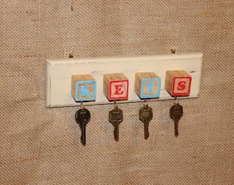 Vintage Wooden Block Key Holder, Wall Hanging, Key Rack, C101