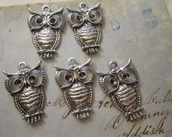 10 owl charms - silver tone - 17mm x 23mm