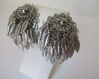 Vintage Boho Hippie Silver Tone Jungle Dangle Leaves Clip On Earrings