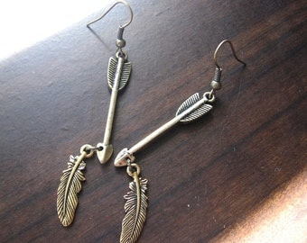 Arrow earrings | feather | gold | long dangle | boho chic | rustic